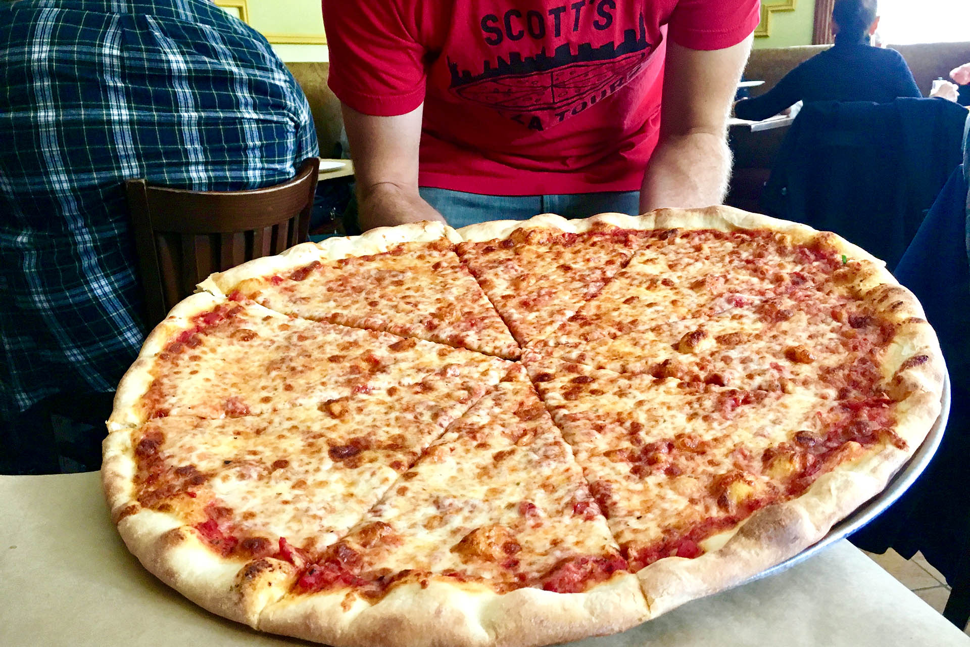 Mar 05,  · Liberty Treehouse's Raj Nair joins with Scott's Pizza Tours to take you on a journey to some of the best pizza in all of New York City. From Keste, to Joe's.